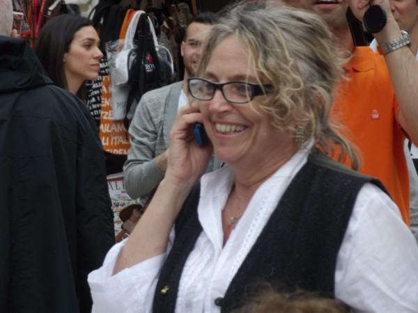 VeronaFlashMobComunicarealTelefono